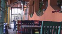 Restauranteros de Fresno entablan una demanda contra el gobierno estatal debido a las restricciones