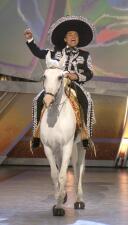 Latin GRAMMY 2004: George López abre la gala con su particular estilo