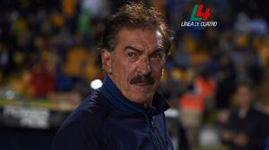 """La Volpe: """"Maradona está un peldaño arriba de Pelé"""""""