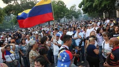 ¿Cómo se comportaron los usuarios de las redes sociales durante las manifestaciones en Venezuela?