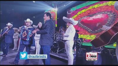Raul Brindis cantó con Pesado en Gracias Houston
