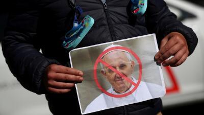 En fotos: las protestas contra los abusos sexuales de sacerdotes durante la visita del Papa a Irlanda