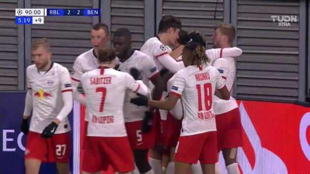 ¡GOOOL! Emil Forsberg anota para RB Leipzig