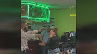 Como si fuera un ring de boxeo: clientes de un restaurante en Dallas protagonizan un fuerte altercado