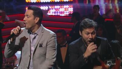 Diego Torres y Víctor Manuelle cerraron Premios Univision Deportes con 'Hoy es domingo'