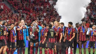 Con la clasificación a la Liga de Campeones en la mano, Atlanta festejó su tercer título