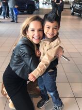 Renzo o Maria Esther, ¿quién ganó el reto del abrazo en Chicago?