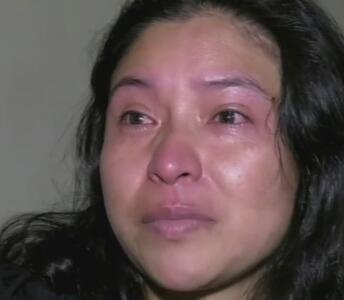 Tía de dos niñas migrantes llora y no entiende por qué estaban solas