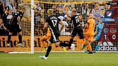 Sporting KC sigue acechando la clasificación a ritmo de gaita escocesa