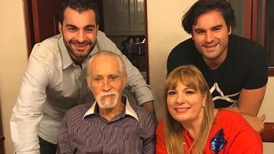 Esposa de Rogelio Guerra ha logrado pagar deudas con la ropa de segunda mano de Galilea Montijo y Andrea Legarreta
