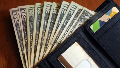 ¿Cómo pagar la deuda navideña de forma eficiente y mejorar sus finanzas?