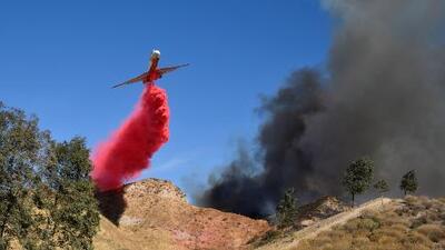 Así son los 'tanker', aviones utilizados para transportar agua y combatir las llamas de los incendios en California