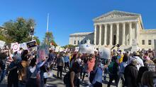 Marcha de las Mujeres: manifestantes claman contra Trump y su candidata a la Corte Suprema