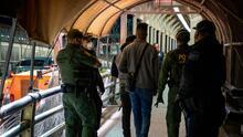 Kirsten Gillibrand pide al director interino de USCIS que explique los cambios para la solicitud de asilo