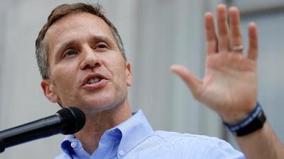 Gobernador de Missouri dice que no renunciará a su cargo por escándalo de infidelidad