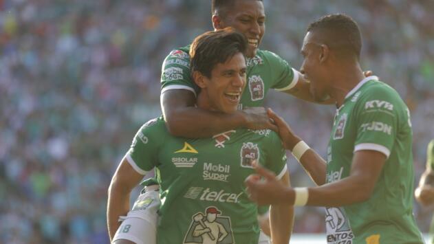 León le dedica mensaje a Macías tras regresar a Chivas