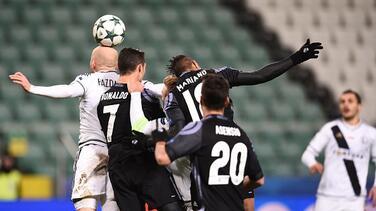 Real Madrid se estrella con la soledad del Legia