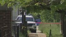 Sigue la violencia en Chicago: tiroteo en el suroeste de la ciudad deja dos policías heridos