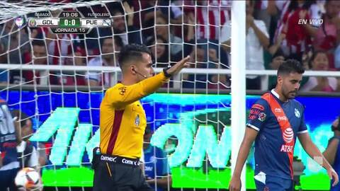 ¡GOOOL! Brayan Angulo anota para Puebla