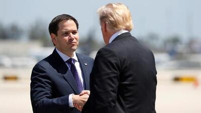 """Senador Rubio a Trump durante discusión de la reforma tributaria en Florida: """"Campeón a favor de la democracia y la libertad"""""""