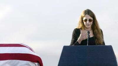 Hija del presidente Reagan cuenta cómo fue violada hace 40 años y por qué, al igual que Christine Ford, no dijo nada