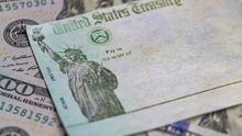 IRS pide paciencia a los contribuyentes y asegura que las familias mixtas elegibles si recibirán el cheque de estímulo.