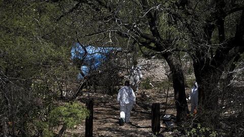 Encuentran en México al menos 24 fosas clandestinas en seis estados con aproximadamente 100 cuerpos