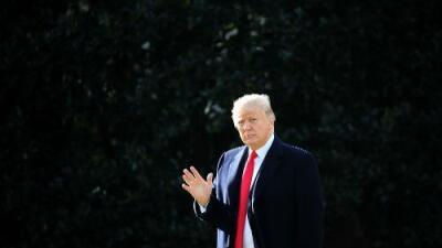 Trump ironiza sobre el cambio climático al referirse a la ola de frío y recibe críticas de científicos