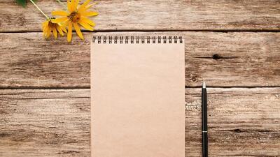 Por qué es importante seguir escribiendo a mano en la era de las distracciones masivas