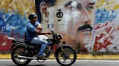 ¿Qué pasa en Venezuela tras la decisión de la Asamblea de destituir a Maduro?