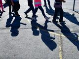 """No encuentran a los padres y """"tampoco se sabe dónde están 360 niños migrantes"""" separados en la frontera de EEUU"""