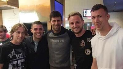 """¿Por qué en Serbia llamaron """"idiota"""" a Novak Djokovic tras apoyar a Croacia en el Mundial?"""
