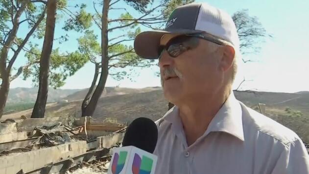 Trabajó durante 40 años para comprar su casa que quedó reducida a cenizas en California