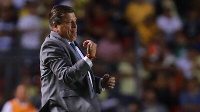Expertos debaten: ¿Miguel Herrera es el mejor técnico mexicano de la historia?