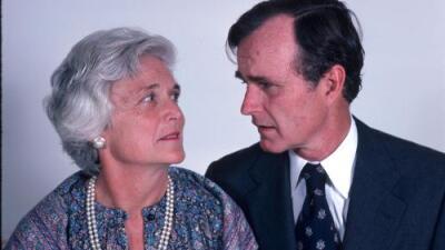 Vivieron juntos por 73 años y murieron con meses de diferencia: la historia de amor 'eterna' de George y Barbara Bush