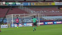¡Golazo del Querétaro! Montero asiste y Hugo Silveira anota el 2-0