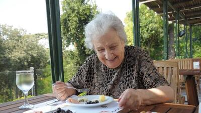 Estas dos dietas desarrolladas por científicos mantienen sano al cerebro y previenen el Alzheimer