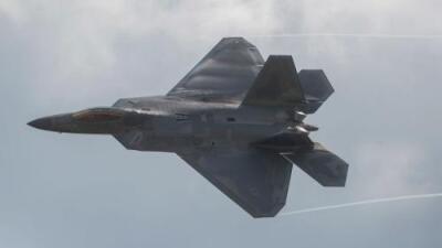 Caza F-22 de EEUU casi choca con un avión de guerra ruso en Siria