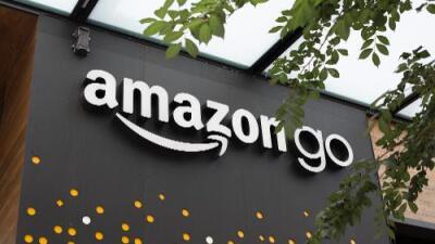 Amazon ya no venderá pendientes de esvásticas, pijamas con cruces ardiendo o cualquier símbolo de supremacistas blancos