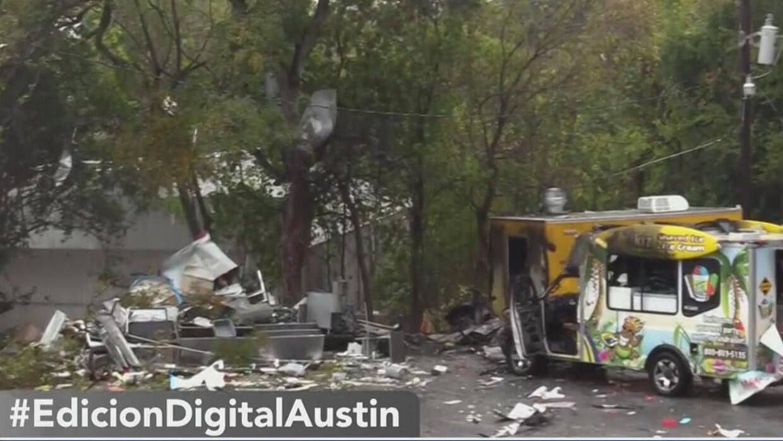 Explosiones en San Marcos dejan varios camiones de comida destruidos - Univision