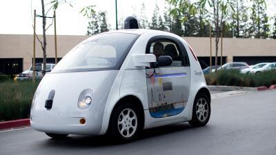 """NHTSA allana el camino a vehículos autónomos al redefinir el concepto de """"conductor"""""""