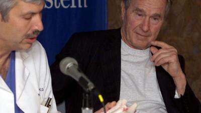 Doctor del expresidente George H. W. Bush muere baleado cuando montaba bicicleta en Texas