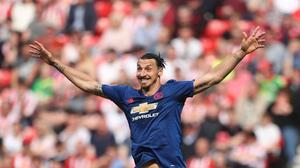 Manchester United se aprovecha del sotanero Sunderland y lo golea