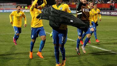 Guinea 1-3 Brasil: La 'canarinha' pasa caminando sobre Guinea
