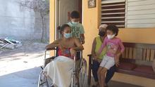 Madre sufre de una extraña enfermedad y su hija comienza a presentar los mismos síntomas