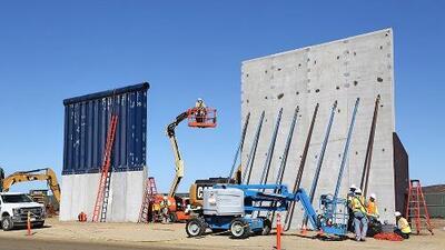 """En vez de construir un muro con México, deberíamos construir un """"cyber-muro"""" con Rusia"""