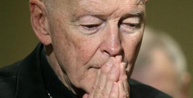 Juan Pablo II estaba al tanto de las acusaciones de mala conducta contra el excardenal McCarrick, señala informe