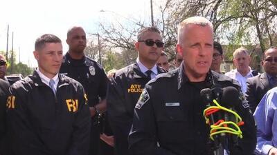 Racismo podría ser la causa de ataques con paquetes bomba en Austin