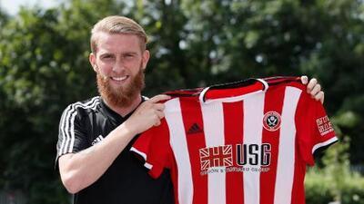 Sheffield contrata a un delantero… ¿descartado Roger Martínez?