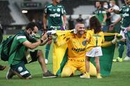Las postales de la coronación del Palmeiras en la Libertadores | Un gol de último minuto catapultó al 'Verdao' al Mundial de Clubes que tendrá lugar en Catar.